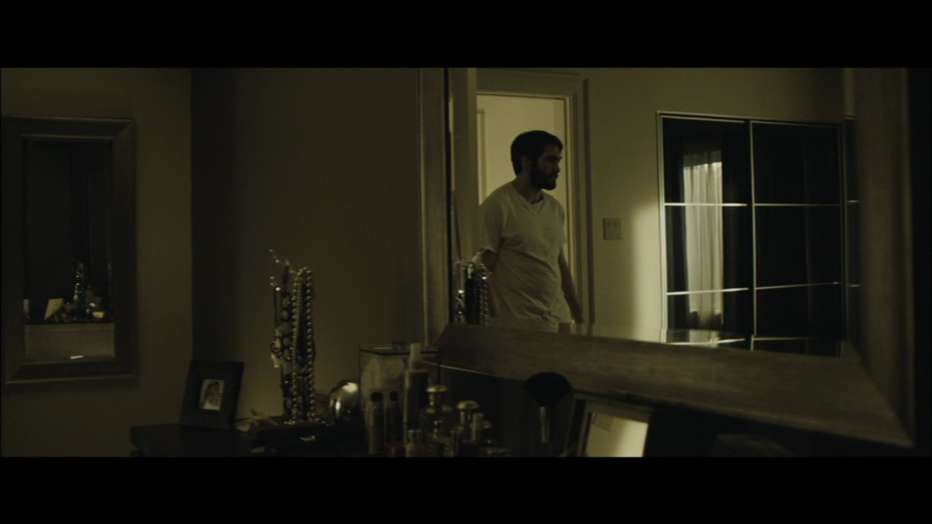 enemy-2013-Denis-Villeneuve-013.jpg