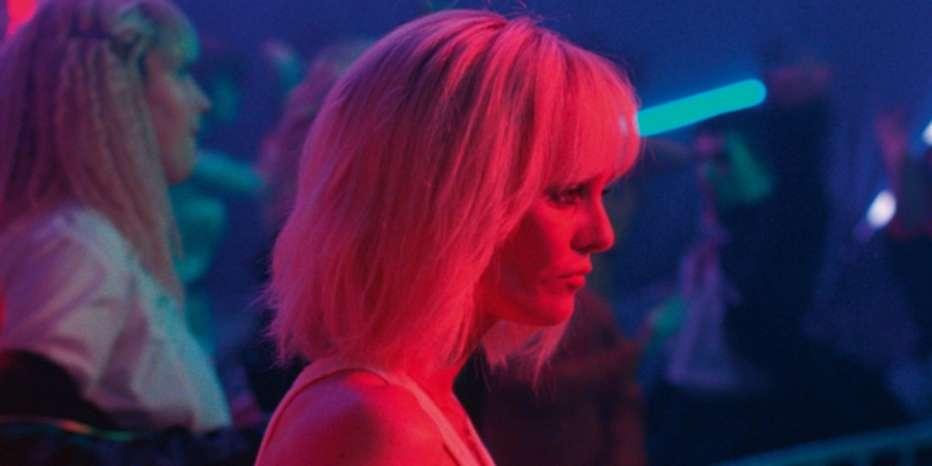 Festival-di-Cannes-2018-un-couteau-dans-le-coeur-2018-yann-gonzalez.jpg