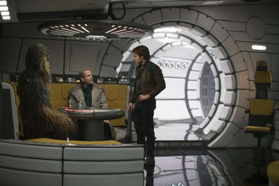 Solo-A-Star-Wars-Story-2018-Ron-Howard-02.jpg