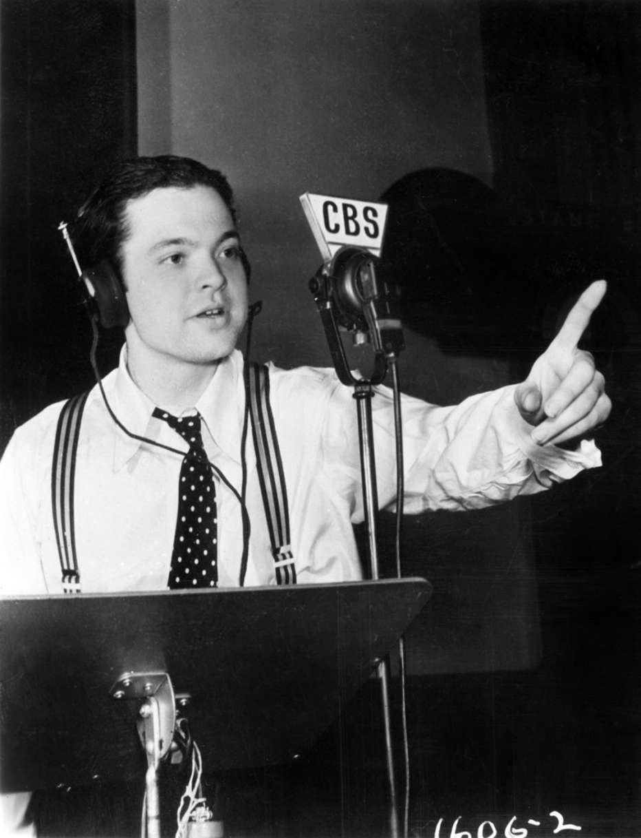 The-eyes-of-Orson-Welles-2018-Mark-Cousins-002.jpg