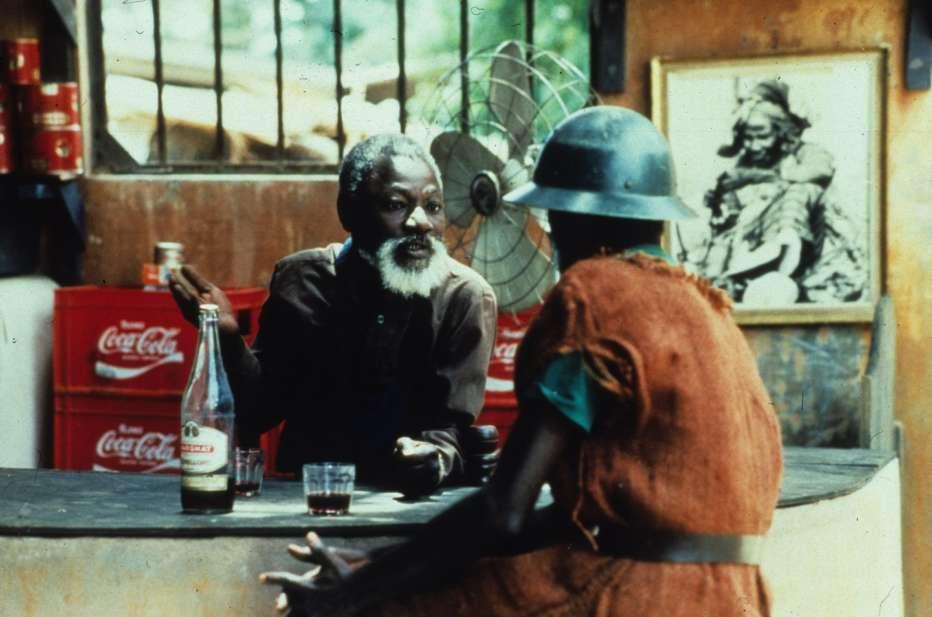 iene-1992-djibril-diop-mambety-hyenes-recensione-03.jpg