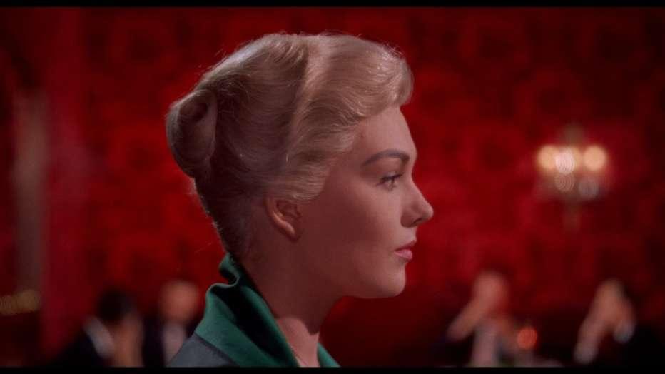 la-donna-che-visse-due-volte-1958-vertigo-alfred-hitchcock-recensione-02.jpg