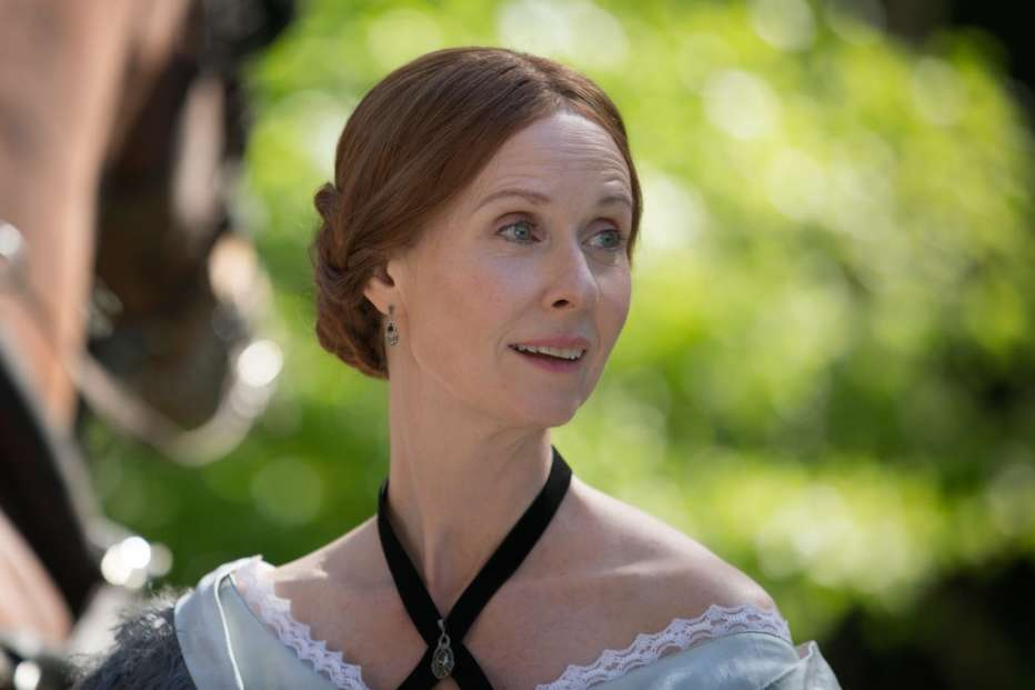 A-Quiet-Passion-2016-Terence-Davies-004.jpg