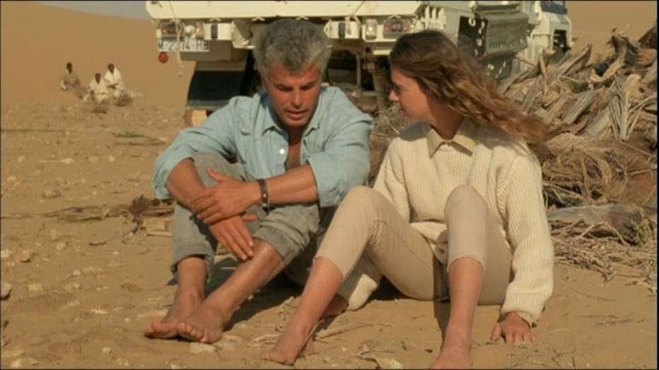Come-sono-buoni-i-bianchi-1988-Marco-Ferreri-020.jpg