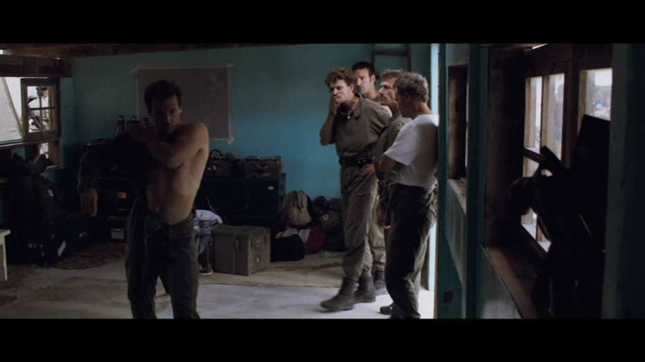 Rebellion-Un-atto-di-guerra-2011-Mathieu-Kassovitz-020.jpg