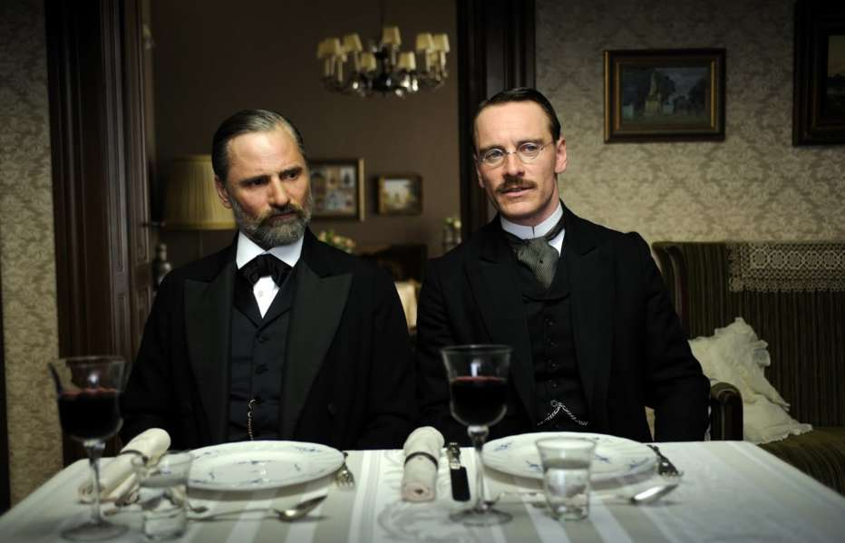 a-dangerous-method-2011-david-cronenberg-recensione-08.jpg