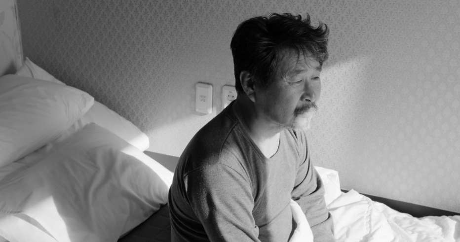 Hotel-by-the-River-2018-Hong-Sangsoo-002.jpg