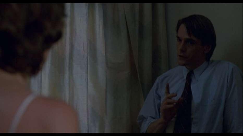 Inseparabili-1988-David-Cronenberg-006.jpg