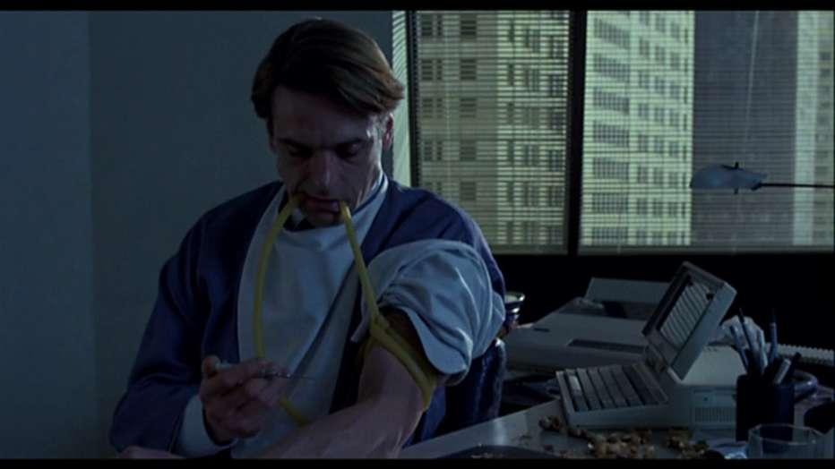Inseparabili-1988-David-Cronenberg-021.jpg