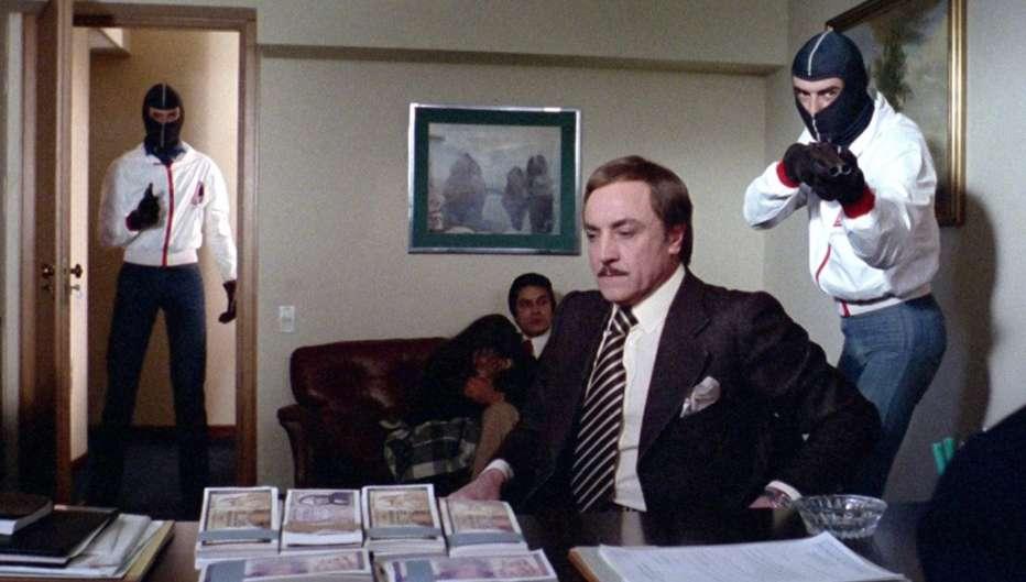 Come-cani-arrabbiati-1976-Mario-Imperoli-004.jpg