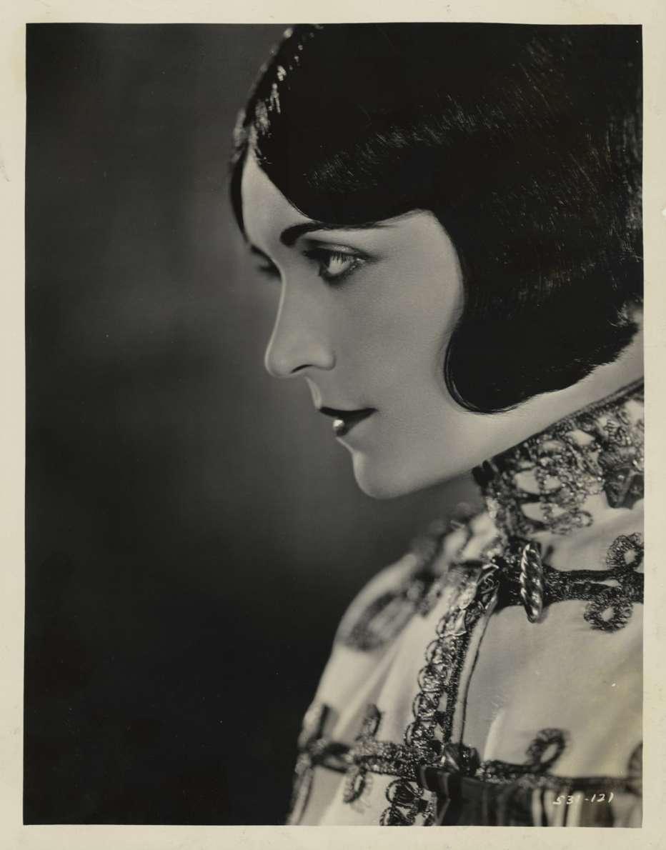 La-zarina-1924-Ernst-Lubitsch-001.jpg