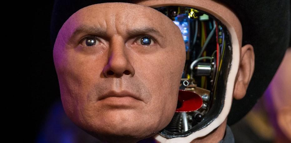 Il mondo dei robot Recensione