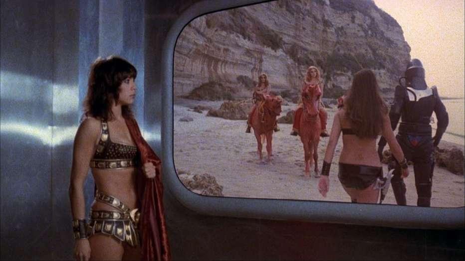 starcrash-scontri-stellari-oltre-la-terza-dimensione-1978-luigi-cozzi-recensione-04.jpg