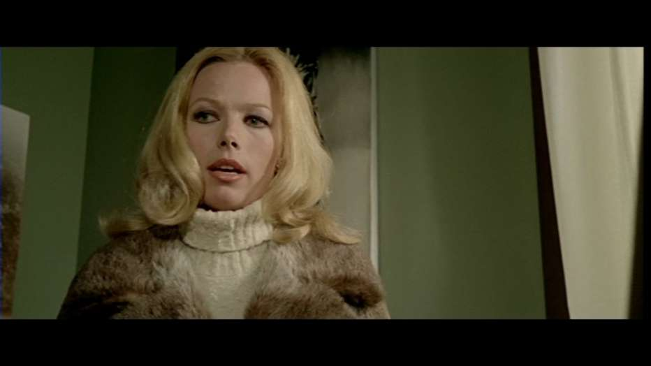 Nude-per-l-assassino-1975-Andrea-Bianchi-009.jpg