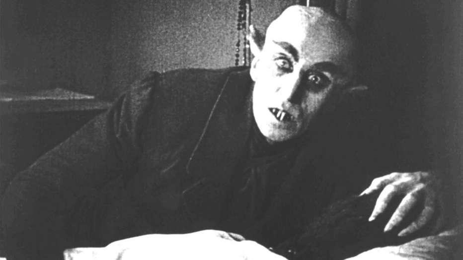 nosferatu-il-vampiro-1922-friedrich-wilhelm-murnau-recensione-01.jpg