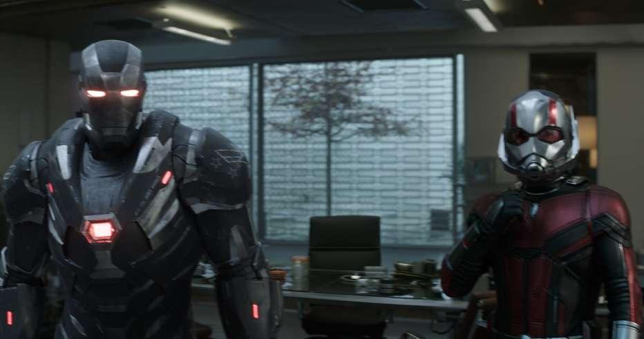 Avengers-Endgame-2019-Anthony-Russo-Joe-Russo-04.jpg