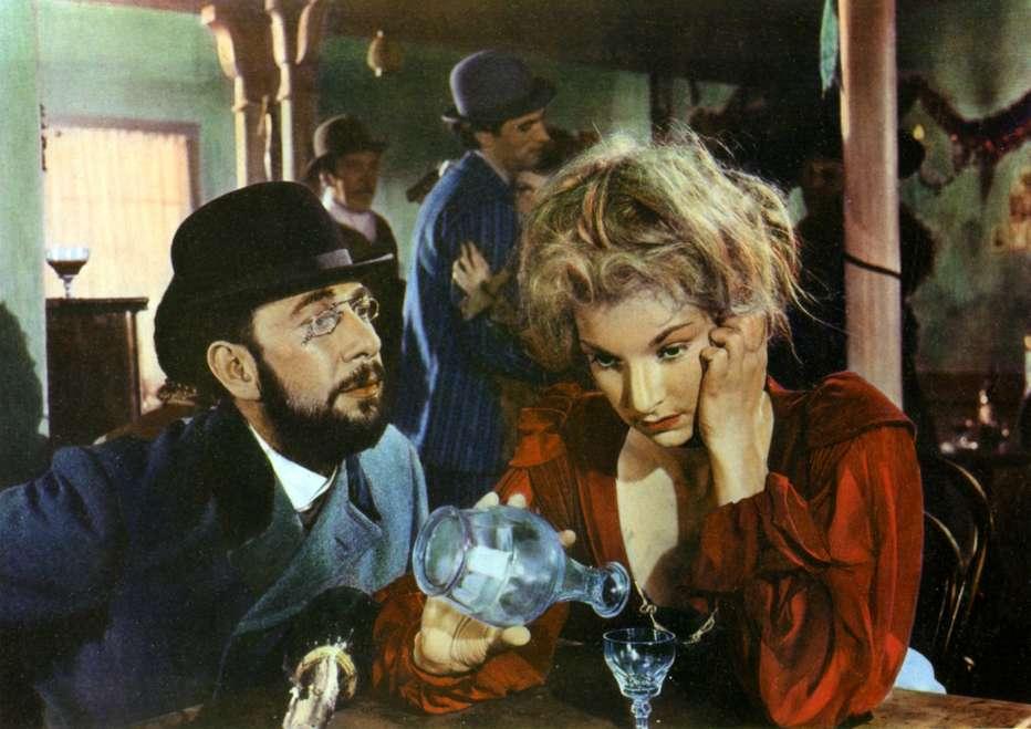 Moulin-Rouge-1952-John-Huston-002.jpg