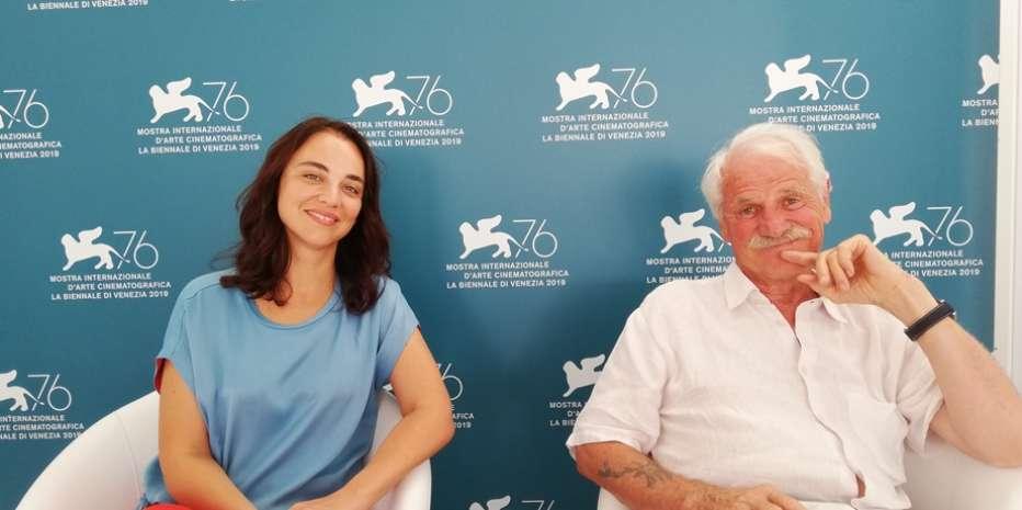 Intervista ad Anastasia Mikova e Yann Arthus-Bertrand