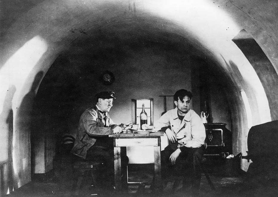 Gardiens-de-phare-1929-Jean-Grémillon-002.jpg