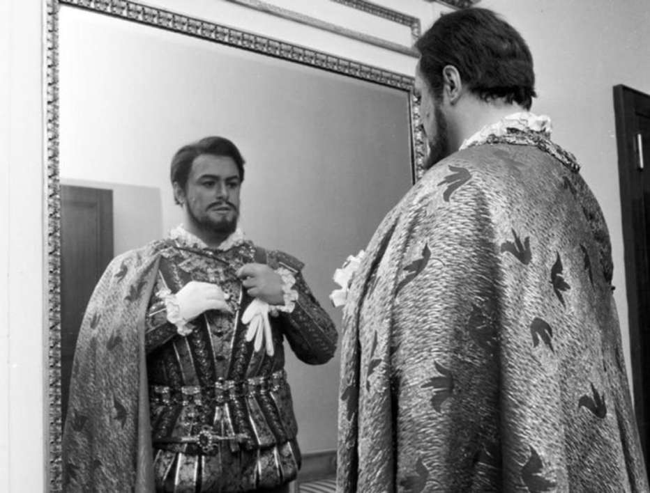 Pavarotti-2019-ron-howard-01.jpg