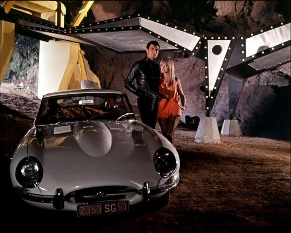 diabolik-1968-mario-bava-02.jpg