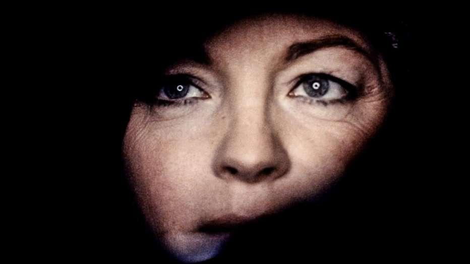 Fantasma-d-amore-1981-dino-risi-004.jpg
