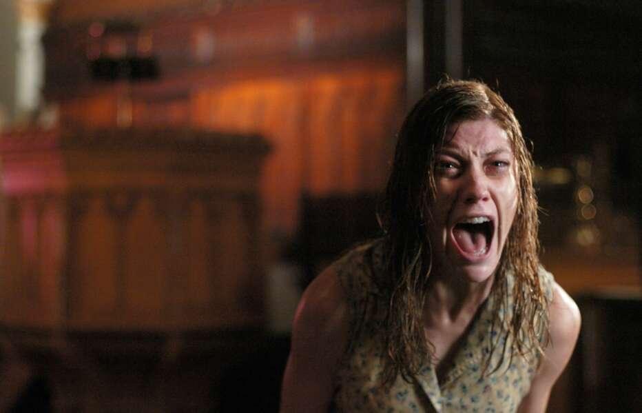The-Exorcism-of-Emily-Rose-2005-Scott-Derrickson-06.jpg