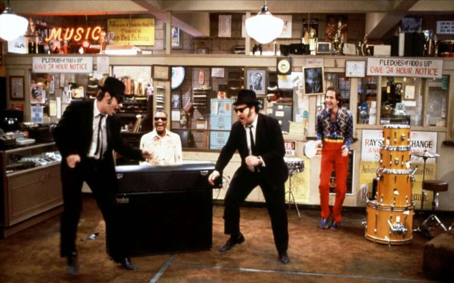 the-blues-brothers-1980-john-landis-02.jpg